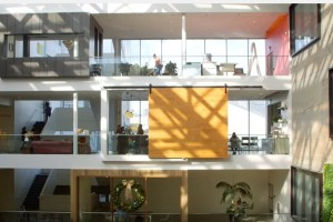 Airbnb #1 Best Place to Work in 2016