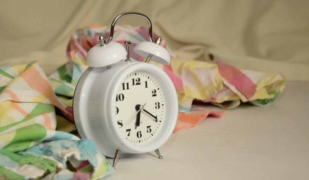 alarm-clock-1191561_1920-1024x599.jpg