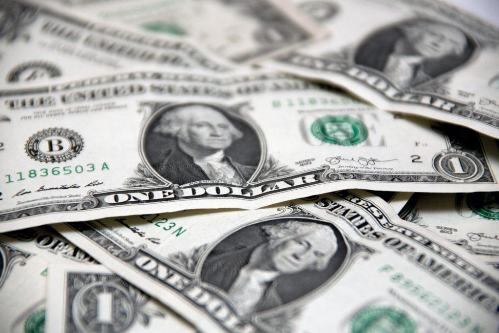 money-2250365_1920-1024x683.jpg