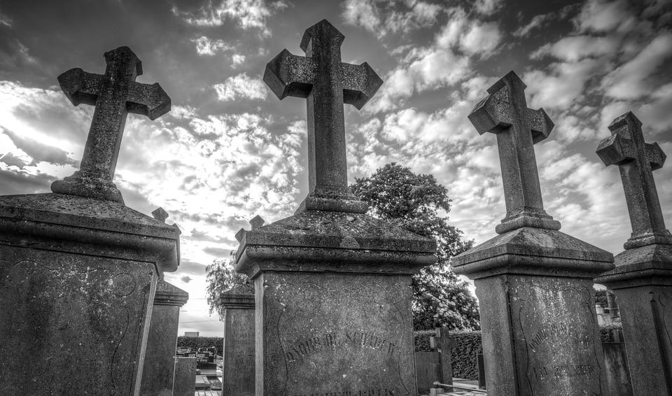 grave-2510928_960_7201.jpg