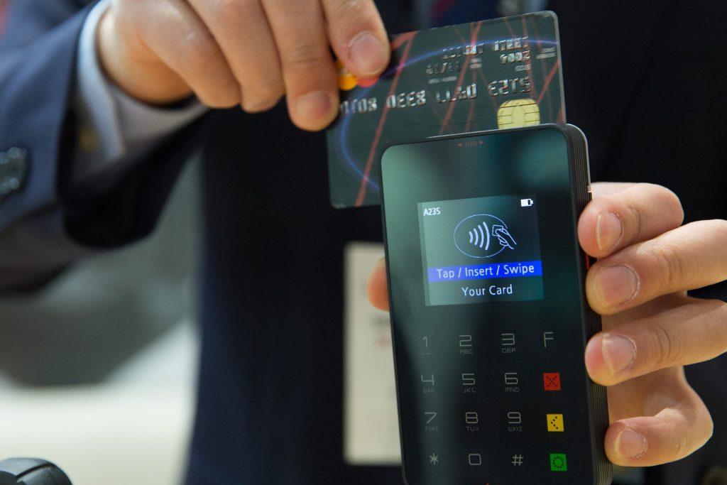 credit-card-1730085_1920-1024x683.jpg