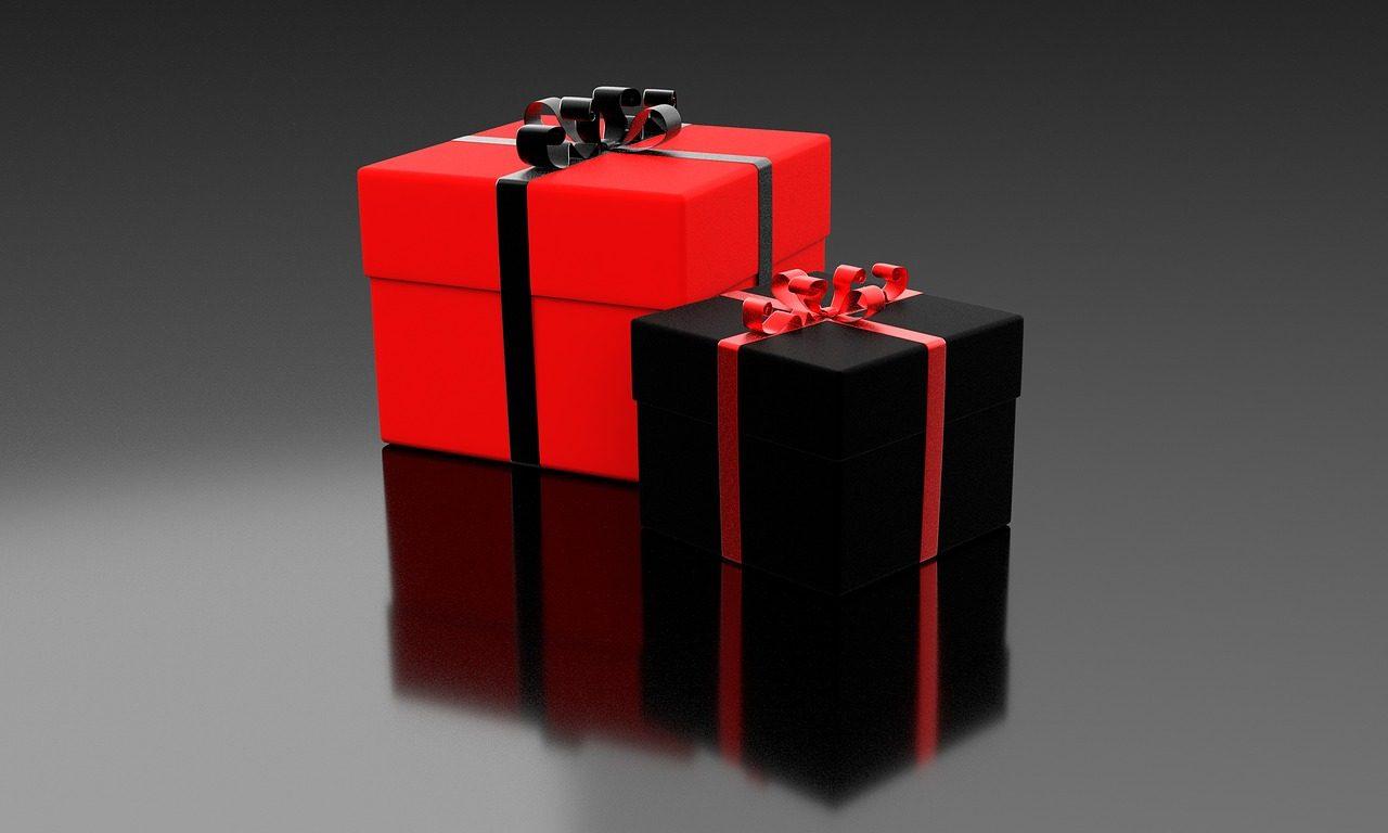present-1893641_1280-1280x768.jpg