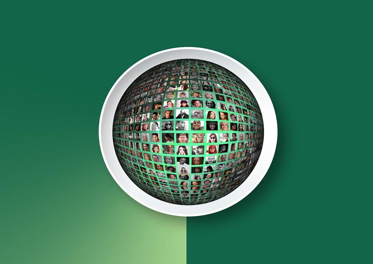 logo-1486127_1280-1280x905.jpg