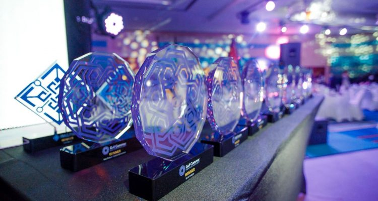 Gulf-Customer-Experience-Awards-2017-Trophies-750x400.jpg