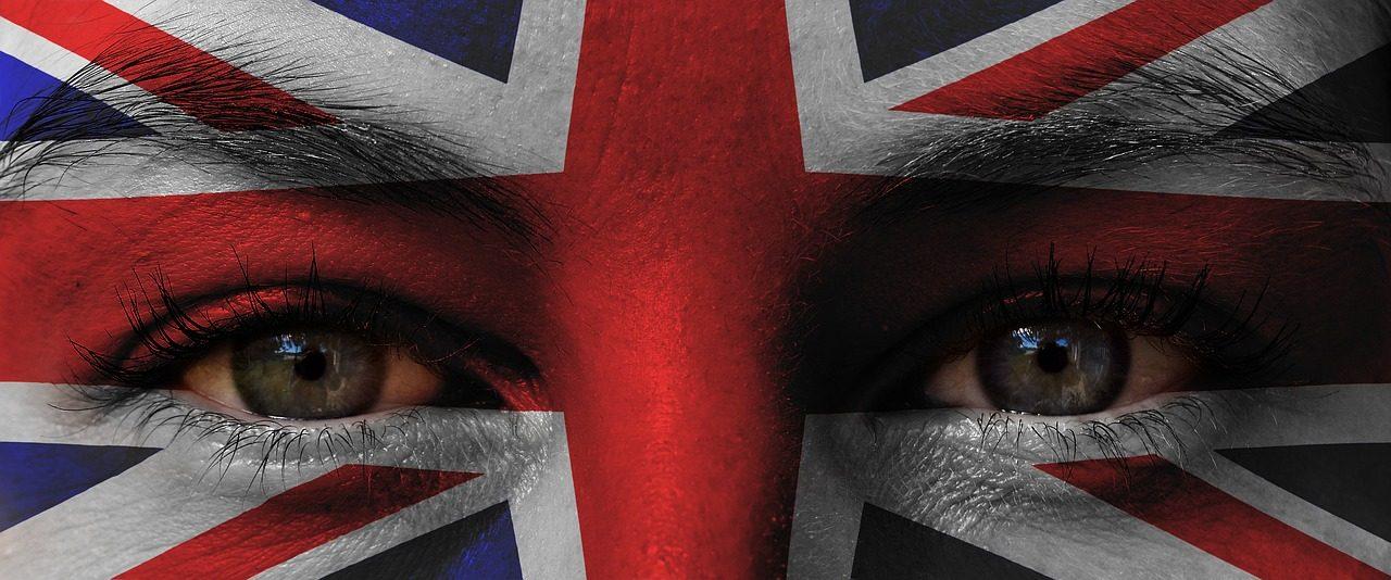 patriotism-3208939_1280-1280x534.jpg