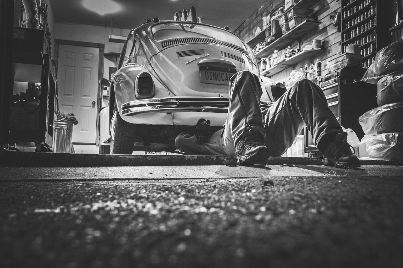 car-repair-362150_1280-1280x853.jpg