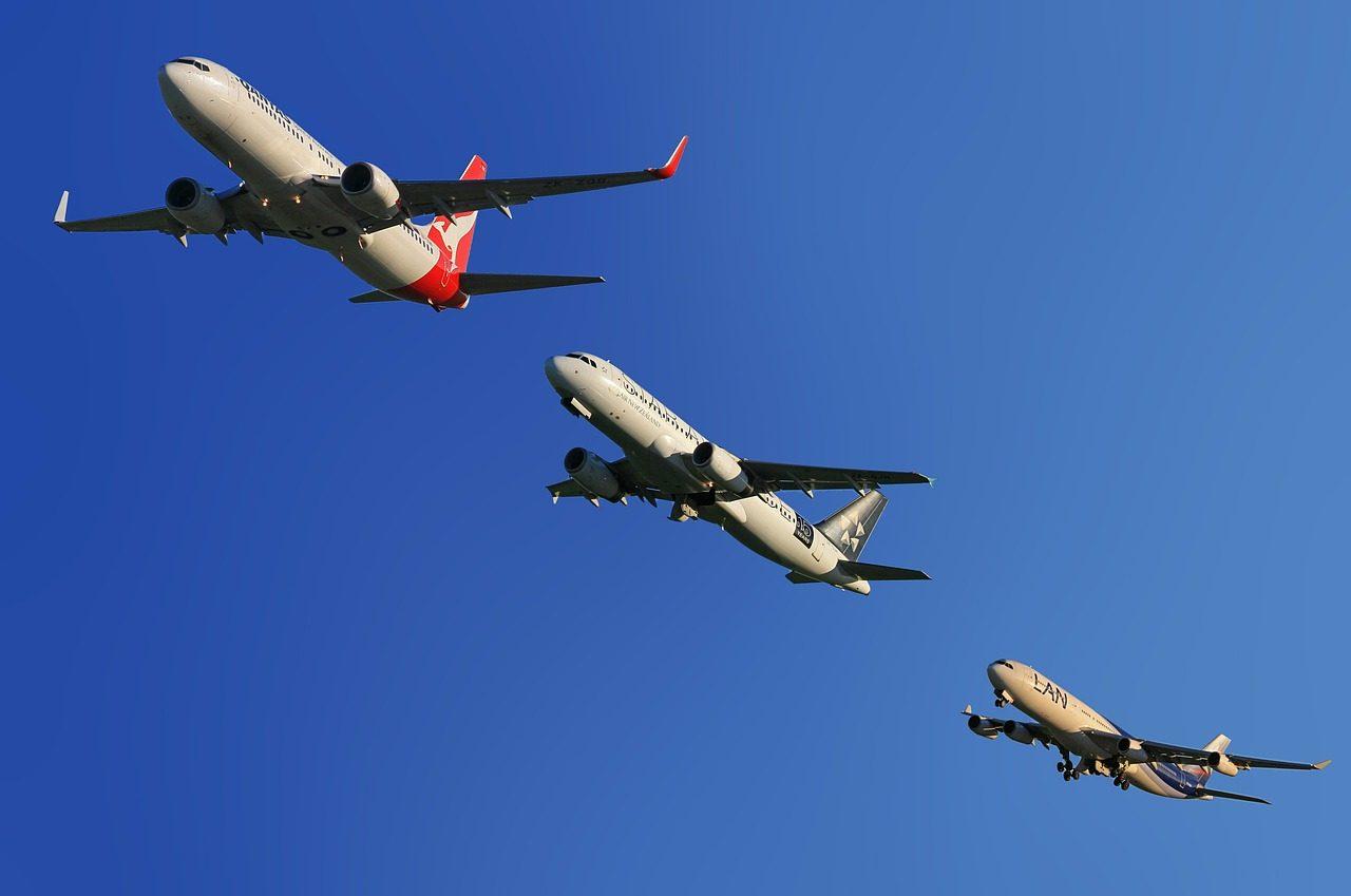 aircraft-123005_1280-1280x849.jpg