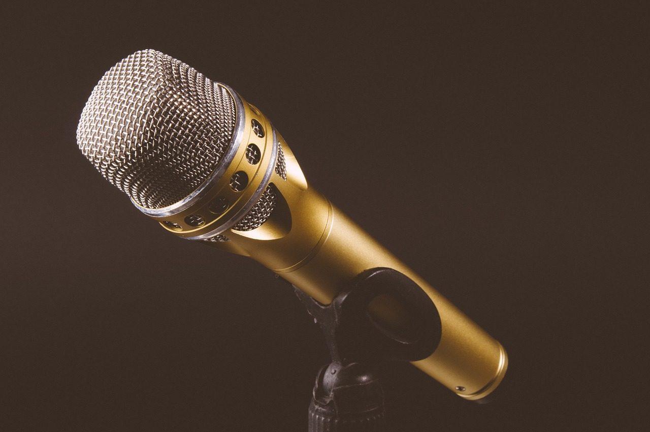 microphone-1246057_1280-1280x850.jpg