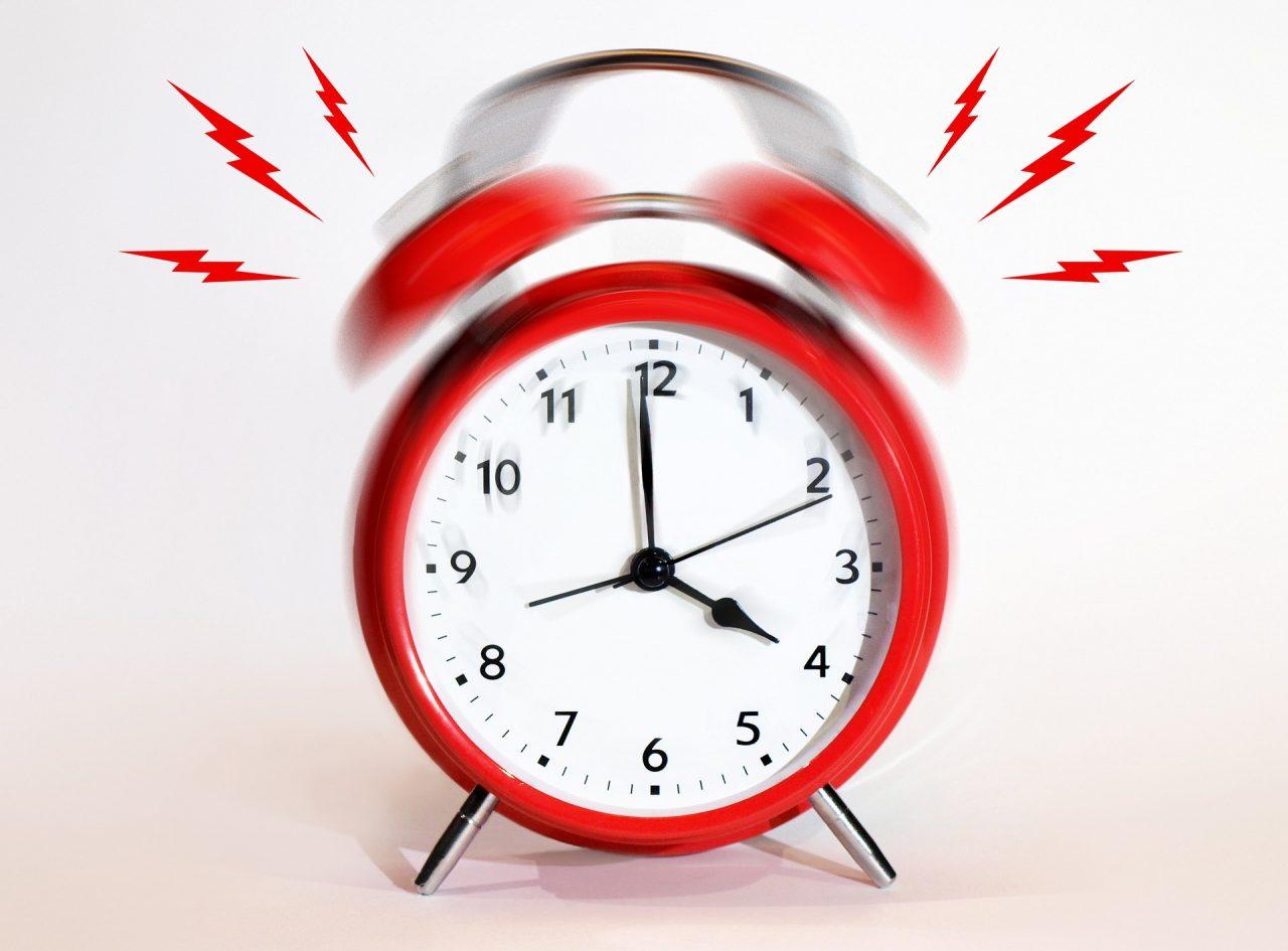 clock-3036245_1920-1280x945.jpg