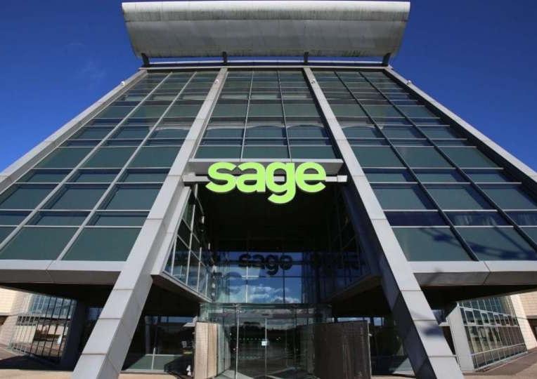 Sage-UK-SME-Tracker-764-x-540-900-x-636.jpg